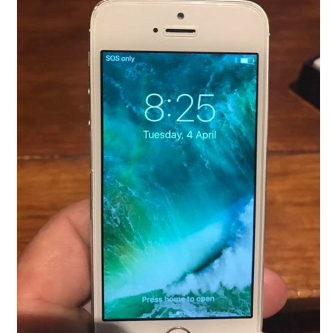 Iphone 5S preloved , mint condition unlocked