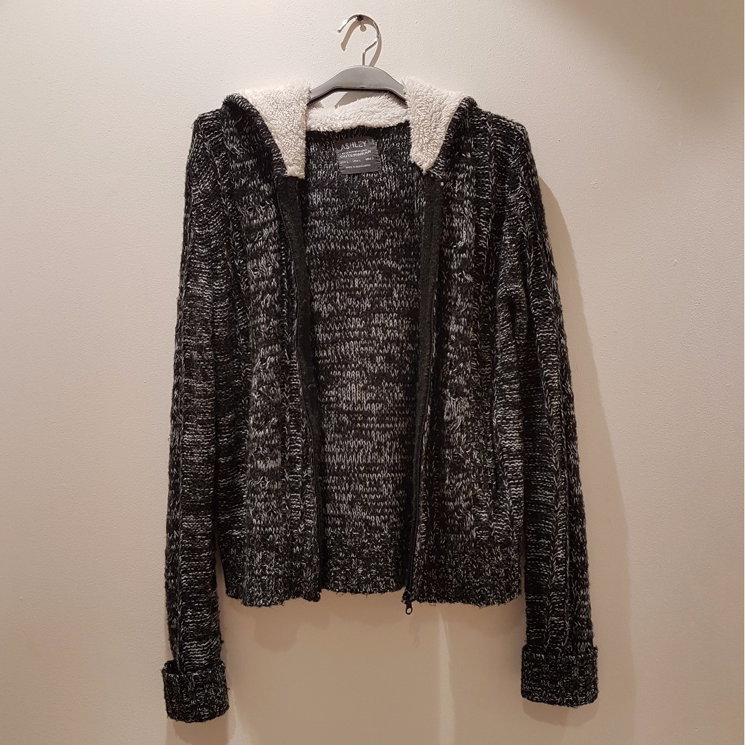 Knitted Jacket from Surplus