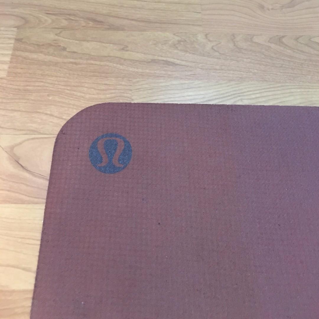 Lululemon Yoga Mat and Bag