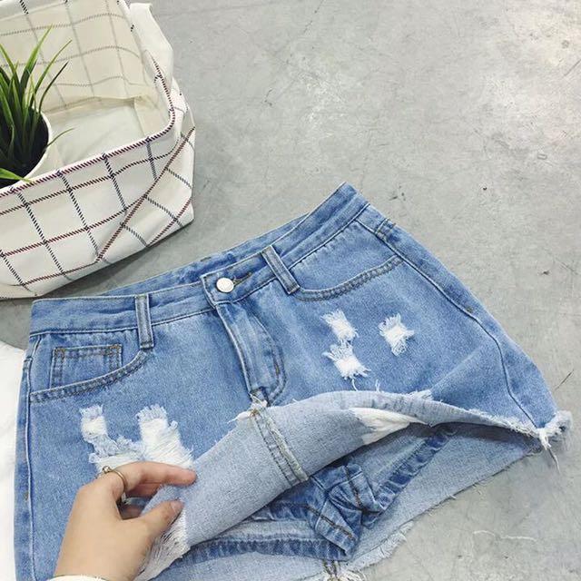 M牛仔短裙✨小刷破感褲裙不走光