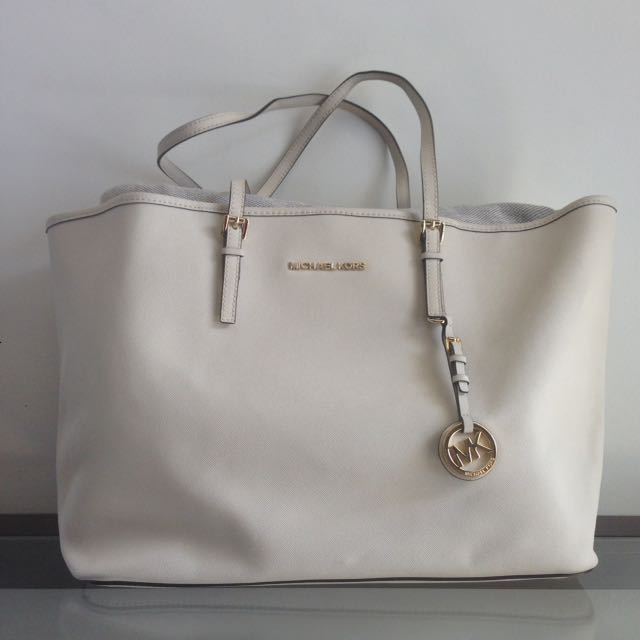Michael Kors Jet Set Tote Large in White