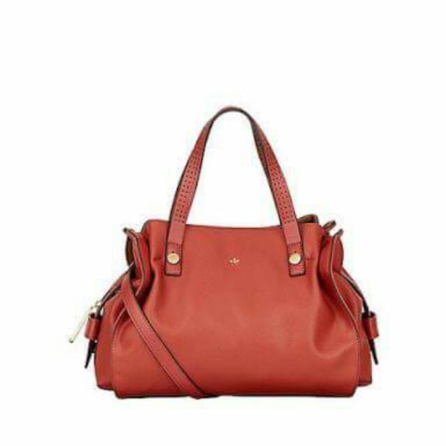 670c182ca7a Nica Ava Satchel Bag, Women's Fashion, Bags & Wallets on Carousell