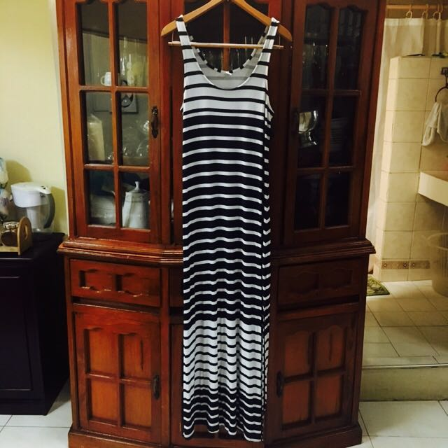 OLD NAVY Striped Maxi Dress with side slit