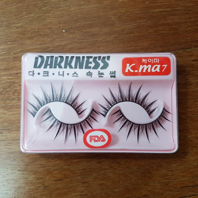 Pack of 10 (20 Pairs) K.Ma 7 Lashes