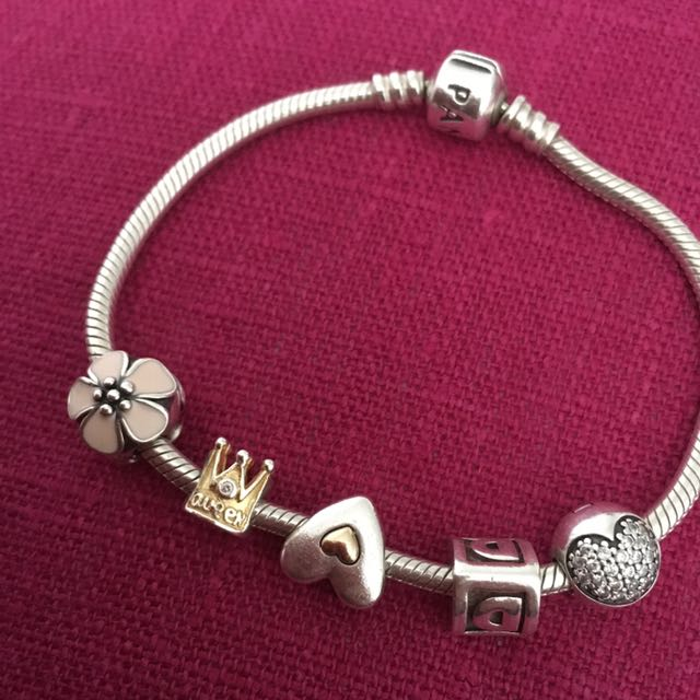 Pandora With All Charms