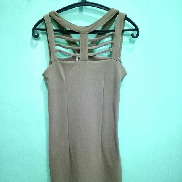 Party Dress / Semi Formal Dress