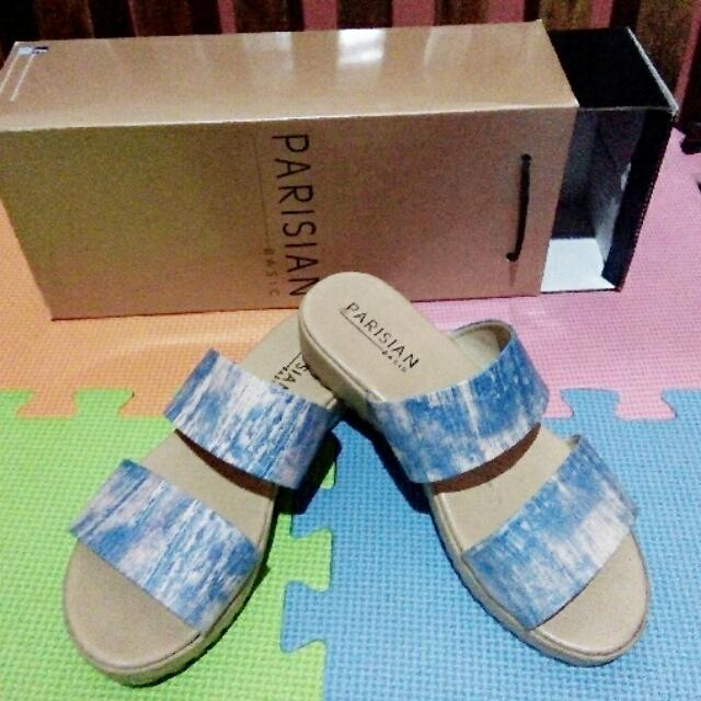 Preloved PARISIAN sandals
