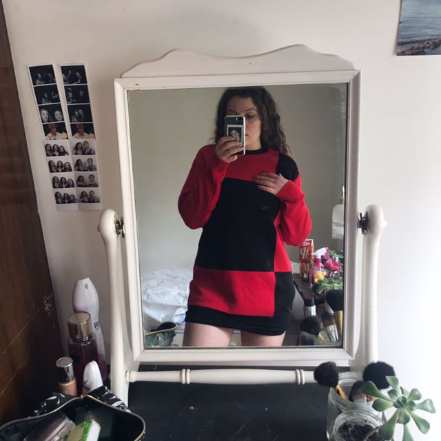 red and black jumper!