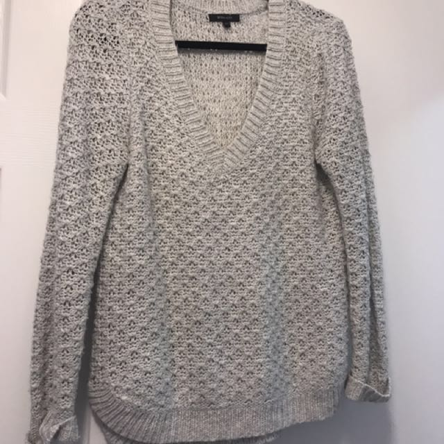 RW&co Sweater Medium