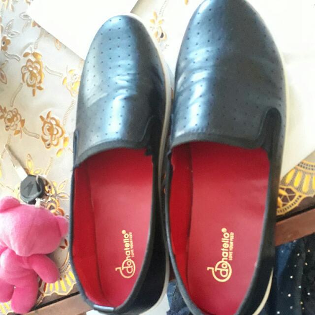 Sepatu Merk Donatello Size 40 Beli Di Carousel Juga Tp Kegedean Di Aku... Brg Mah Baru.nett Minat Wa:085956737887