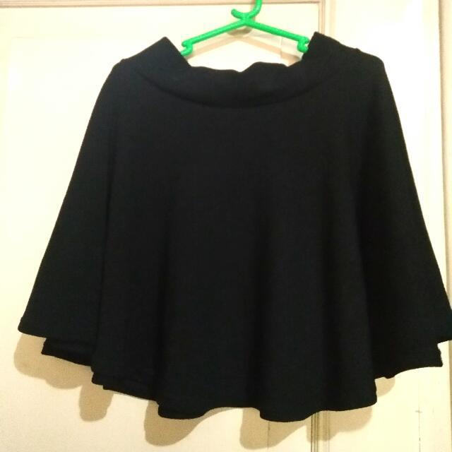 Strechable Black Skirt
