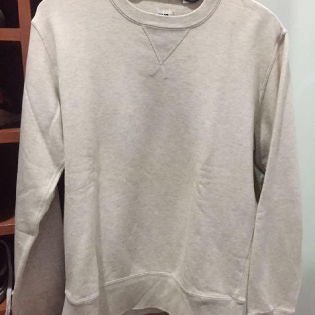 Uniqlo Sweater Cream size M