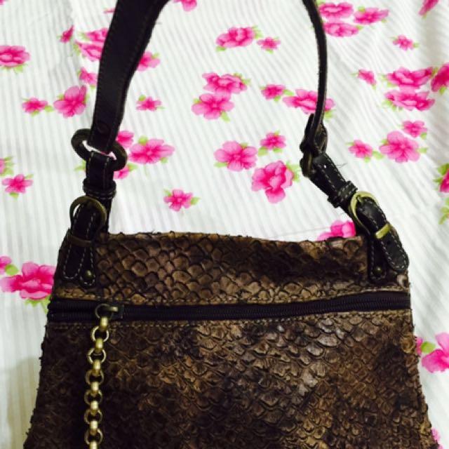 Vintage Leather Blu Style Handbag