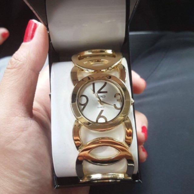 XOXO Gold Statement Watch