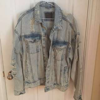 ZARA Man Oversized Distressed Denim Jacket - LIGHT BLUE Sz. M