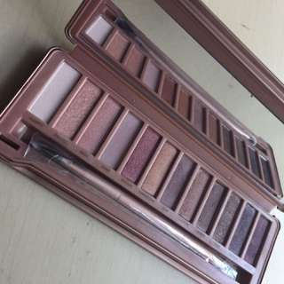 Pure Cosmetics Eyeshadow Palette