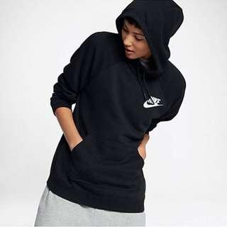 BRAND NEW nike sportswear rally hoodie (S)