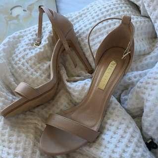 ✨ Nude High Heels ✨