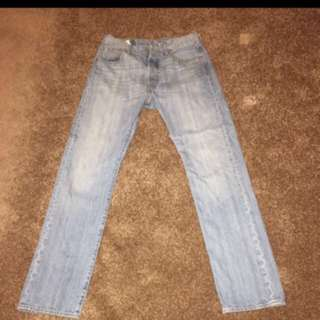 Light Blue 501 Levi Jeans