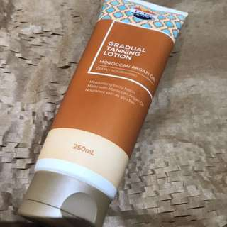 Le Tan Moroccan Oil Gradual Tan