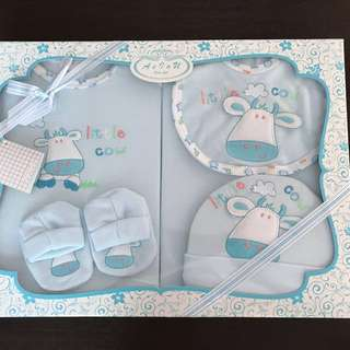Baby gift sets: Little cow