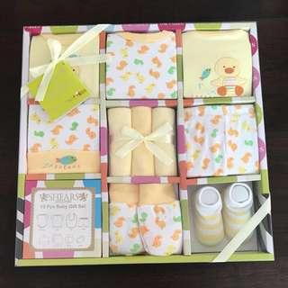 Baby gift sets: Shears