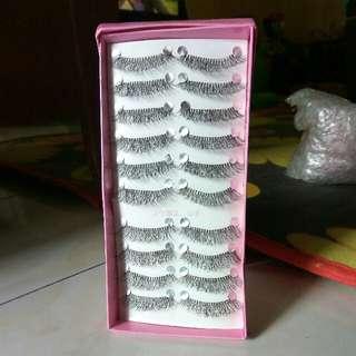 synthetic eyelashes