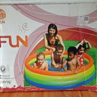 Neon Fashion Inflatable Pool For Kids
