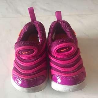 Nike 紫色間桃紅色波鞋 uk5.5