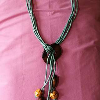 Stringed Neckpiece