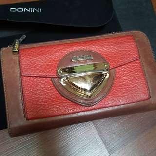 Dompet Donini