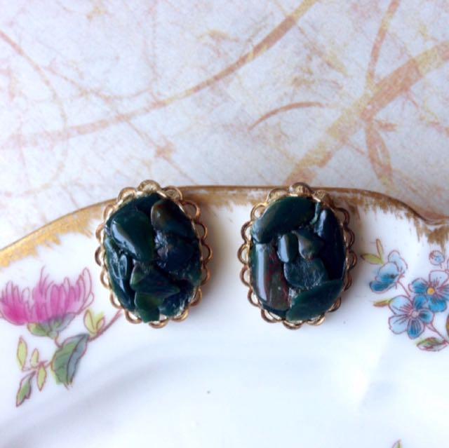 美國古董1960年代天然礦石馬賽克拼貼典雅橢圓小栓鎖耳環