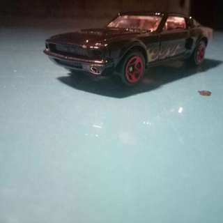 Hot Wheels Ford Shelby Gt500