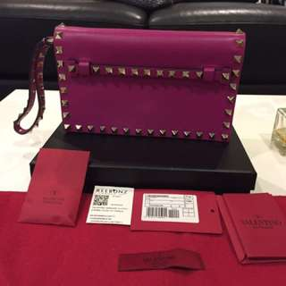 AUTHENTIC Valentino Rockstud Clutch