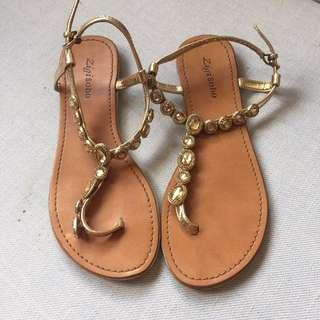 Zigi Soho Flat Sandals