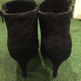 Pre loved Dexflex Comfort Boots with Heels