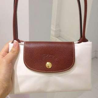 全新 Longchamp 白色側咩袋
