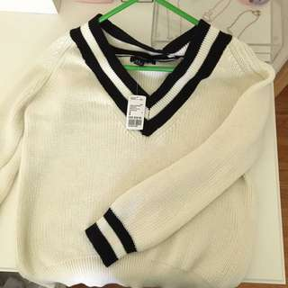 Forever 21 Oversized Cream & Black Knit