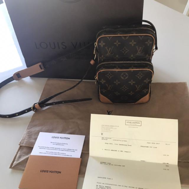d49c595b4f74 💯 % Authentic Louis Vuitton Amazon Cross Body Bag