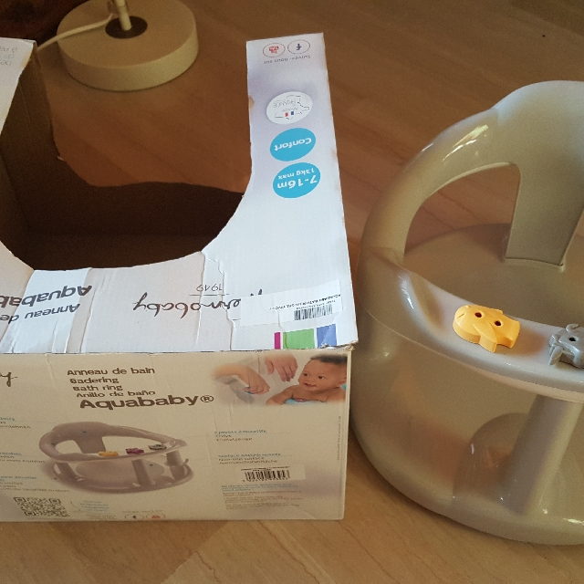 AQUABABY THERMOBABY BATH RING / SEAT on Carousell