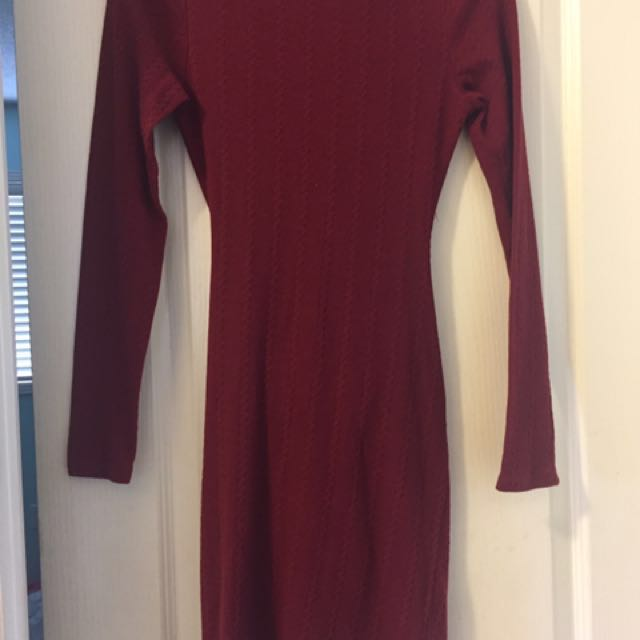 Burgundy Long Sleeve Open Back Dress