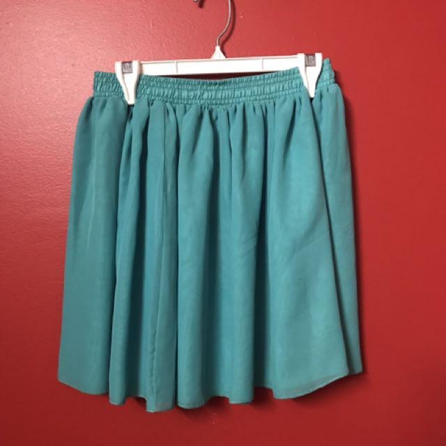 Chiffon by American Apparel skirt: size M/L