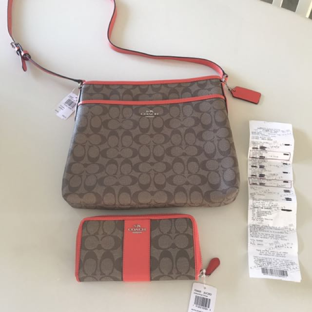Coach Signature File/Messenger Bag and the matching  Long Wallet New with Tags 💯% Authentic .