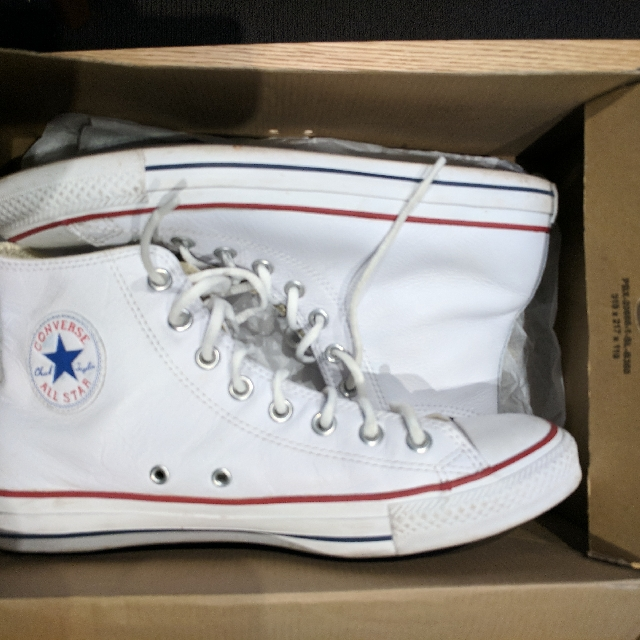 Converse Chuck Taylor Premium leather US9.5/10 $75