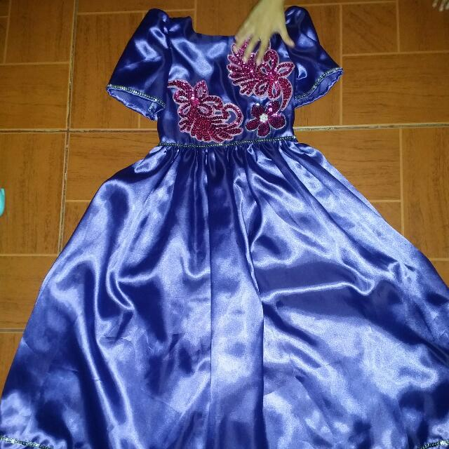 Filipiniana gown