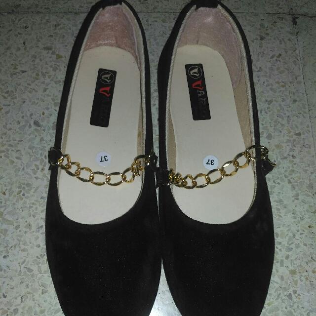 Flatshoes Rantai