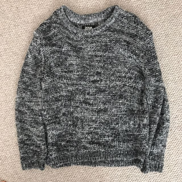 Izzue sweater for sale