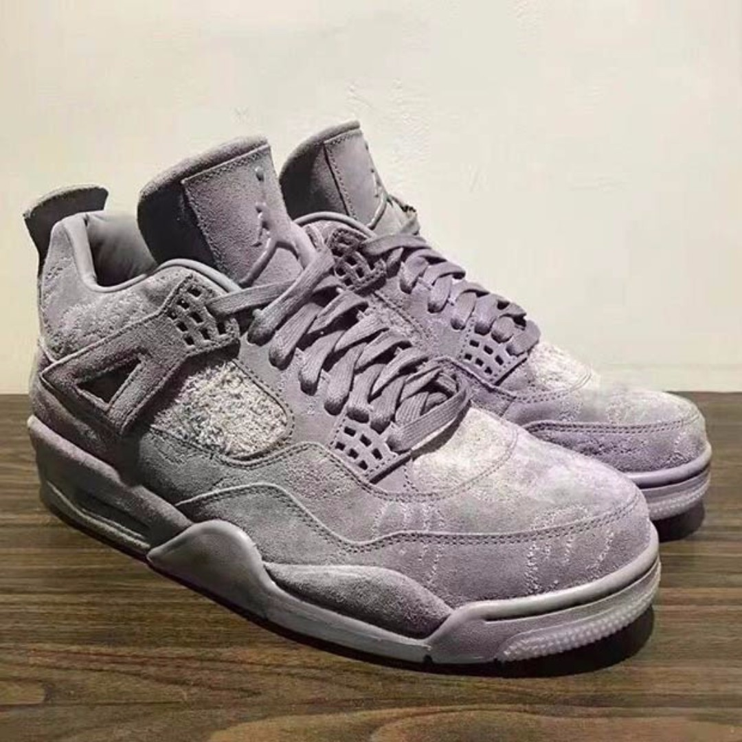 purchase cheap 15434 a9f9b KAWS x Nike Air Jordan 4, Men's Fashion, Men's Footwear on ...