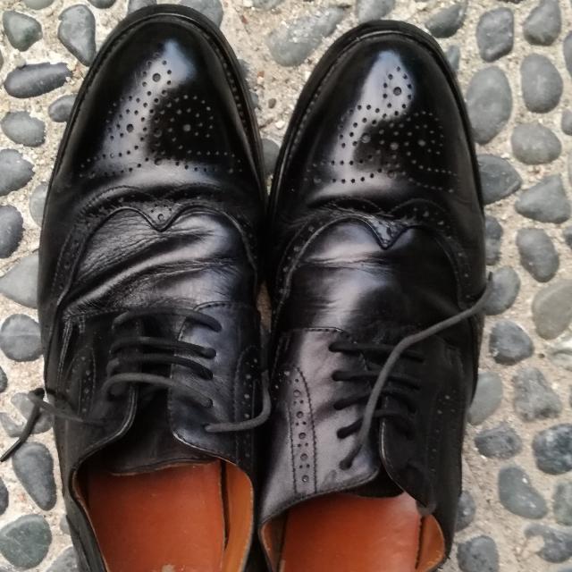 Sepatu kulit wingtip ori