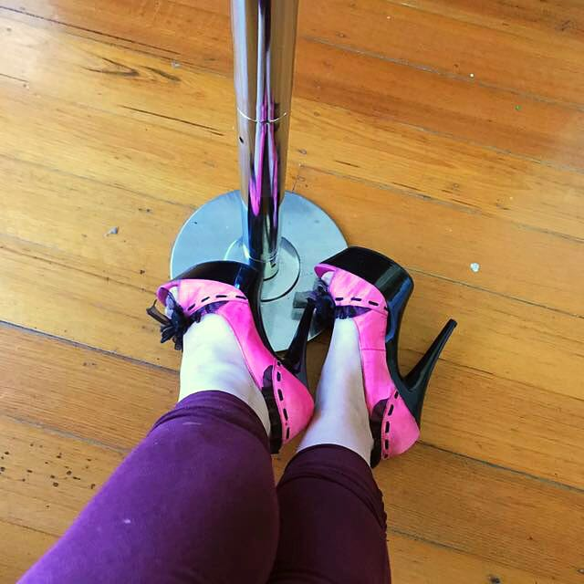 Sexy land / pleaser style heels